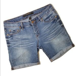 MAX STUDIO Blue Bermuda Jean Shorts 4 31